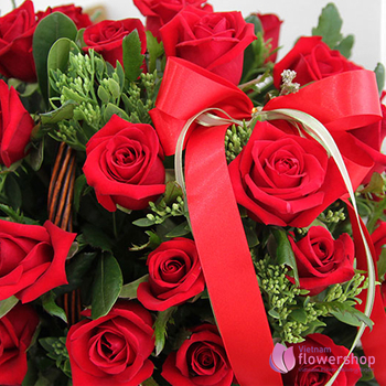 Love romantic from basket red roses vietnam